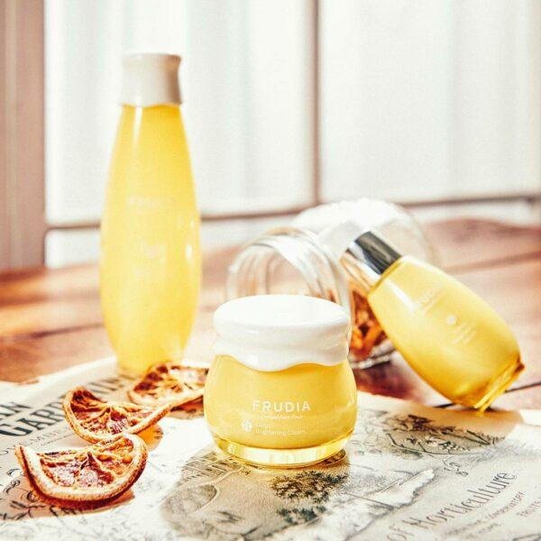 Citrus Brightening Toner, Frudia, тоник с цитрусом, придающий сияние коже - купить в магазине Hedeo