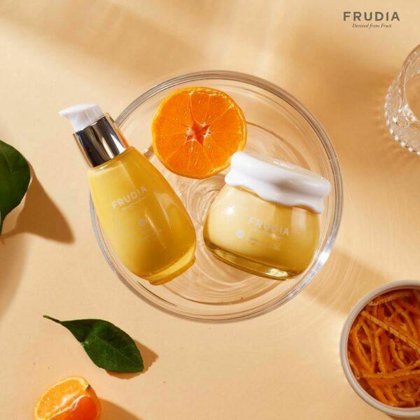 Citrus Brightening Serum, Frudia, сыворотка с цитрусом, придающая сияние коже - купить в магазине Hedeo